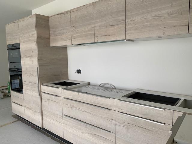 Einbau Küchen, Anstrich innen